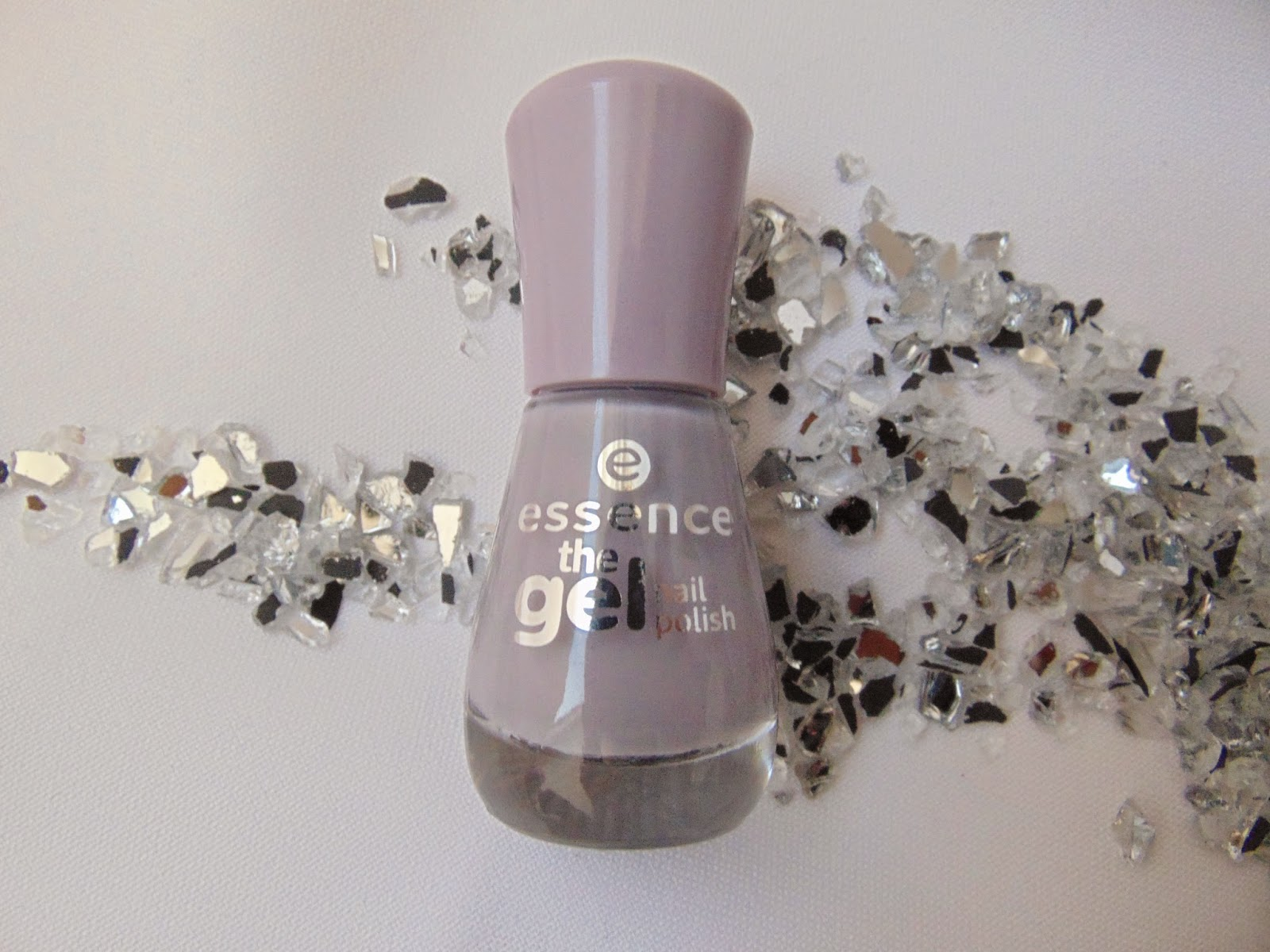 Essence the Gel Nail Polish - 37 Serendipity - www.annitschkasblog.de