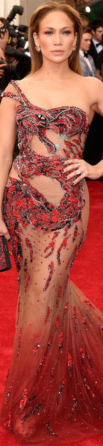 Jennifer-Lopez-Met-Gala-2015-Pictures.jp