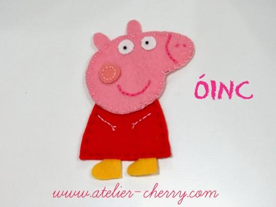 http://www.atelier-cherry.com/2013/10/peppa-pig-em-feltro-dia-das-criancas.html