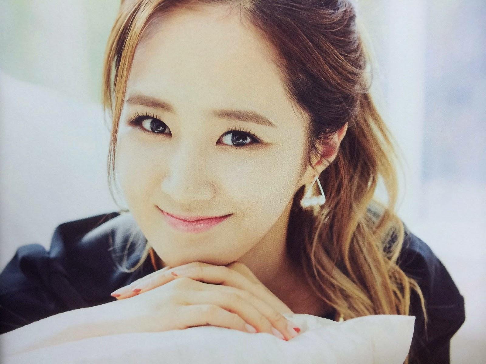 SNSD Yuri (유리; ユリ) Girls Generation The Best Scan Photos 6