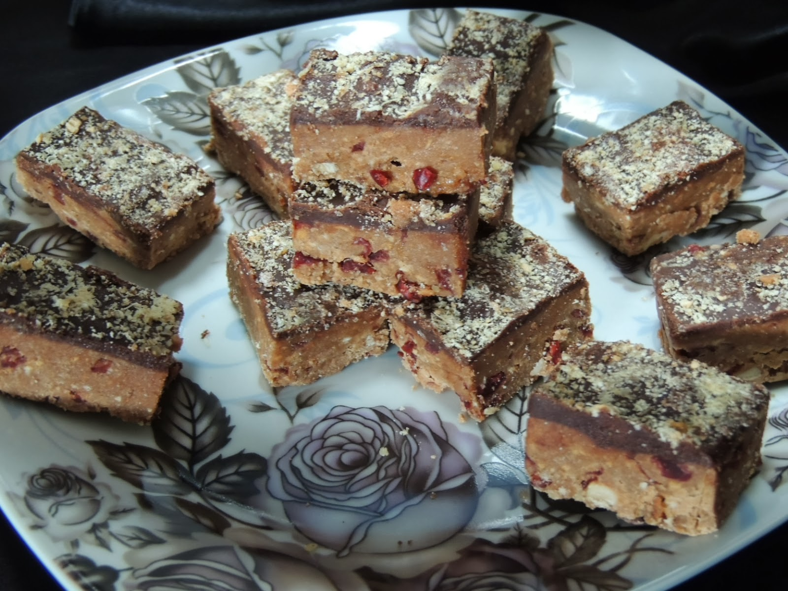 Lean hazelnut roll bars