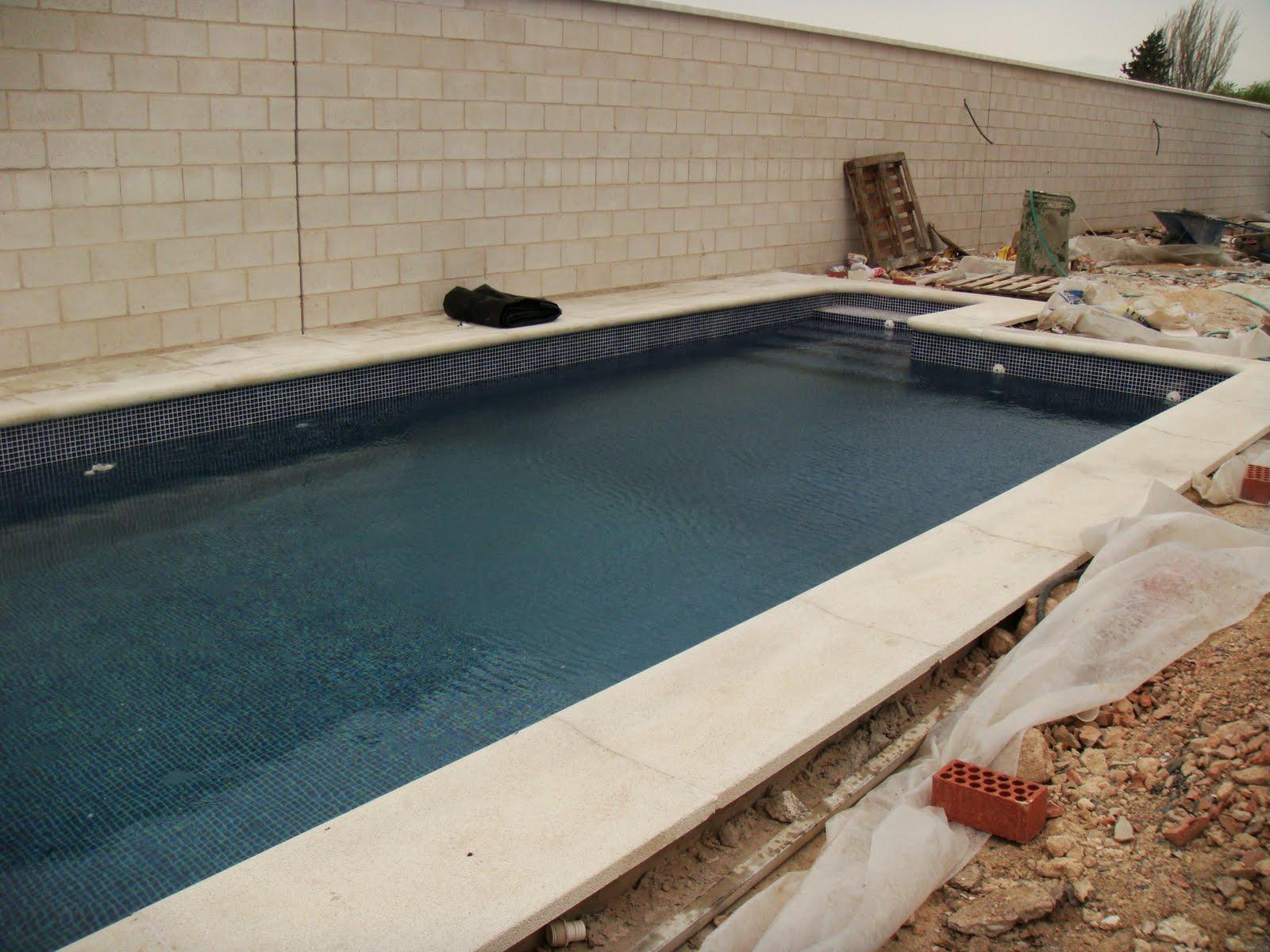 Mantenimientos pastor piscinas for Como hacer un cubre piscinas