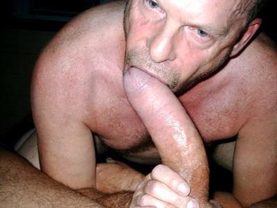 Mature male oral sex