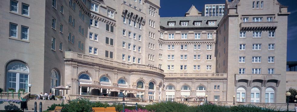 edmonton hotels downtown cheap edmonton hotels near. Black Bedroom Furniture Sets. Home Design Ideas