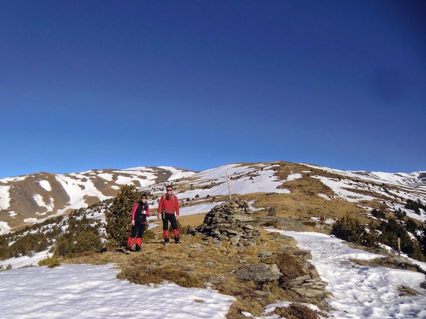 Barraca del Teixidor en la ascensión al Puigmal desde el Coll de les Barraques en invierno.
