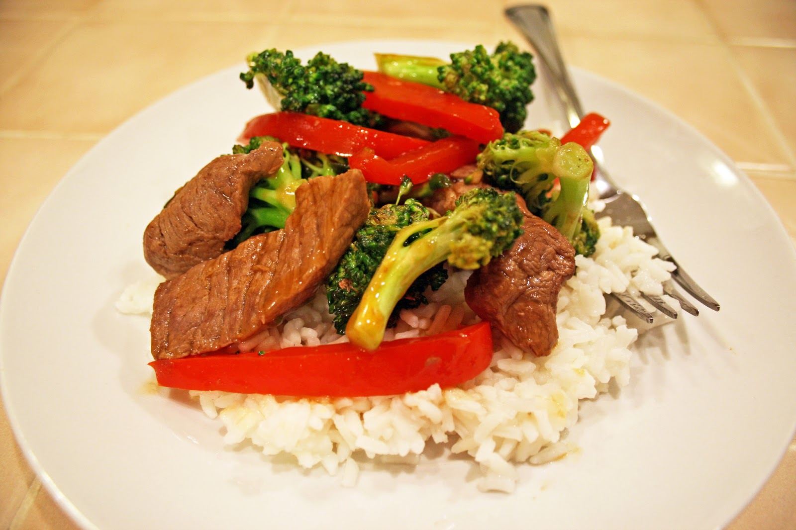 Simply Recipe's Flank Steak Stir-Fry with Asparagus and Red Pepper