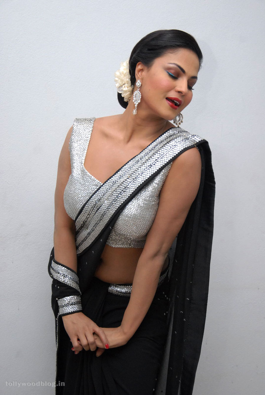 Veena malik new hot