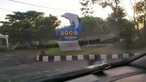 pantai boom banyuwangi jawa timur