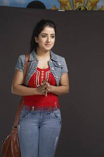 Ruhani Sharma (5).jpg