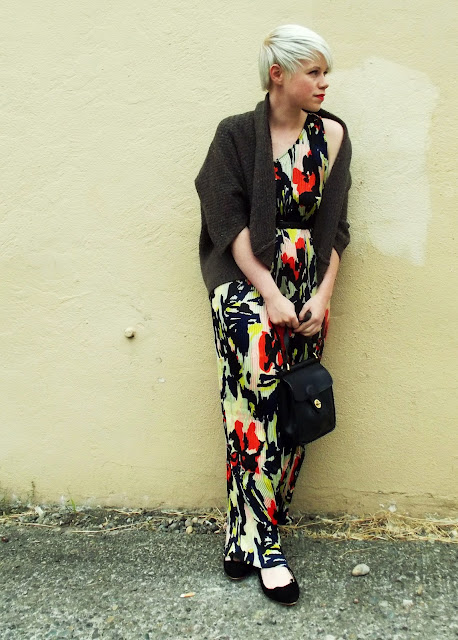 in style, floral maxi dress, seattle street style, fall fashion, last night