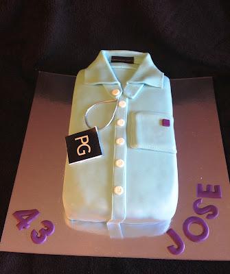 tarta decorada; tarta fondant; camisa; purificación garcía; purificacion garcia; tarta camisa; camiseta; moda; fashion; dulce; postre