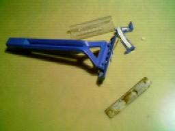 Cuchilla para cortar las patillas de los chips