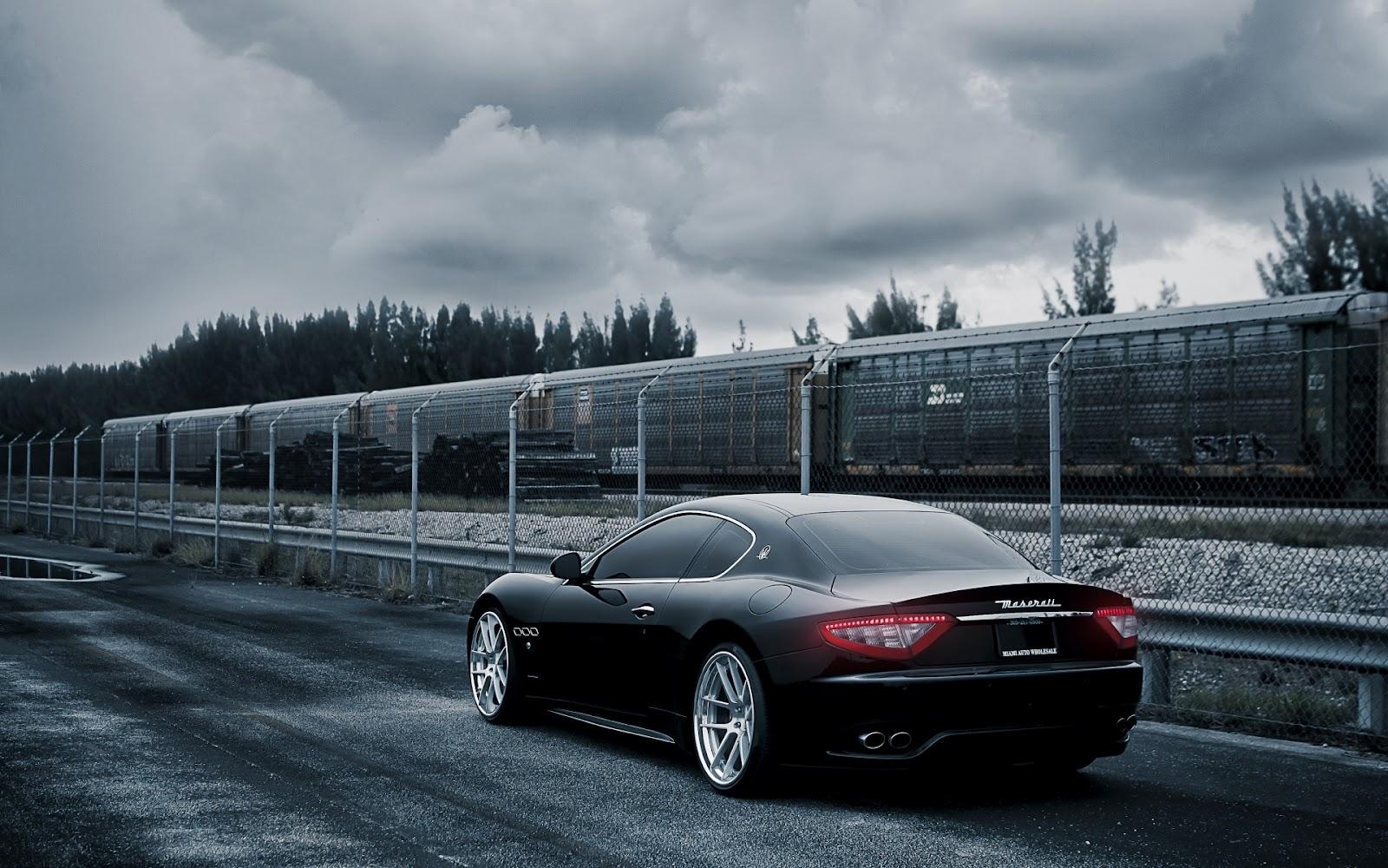 http://1.bp.blogspot.com/-bTBvJJc6ItI/T9d76hNjffI/AAAAAAAAfJc/t656TzPM3HY/s1600/Maserati-Gran-Turismo_Wallpapers-hd-de-Carros.jpg