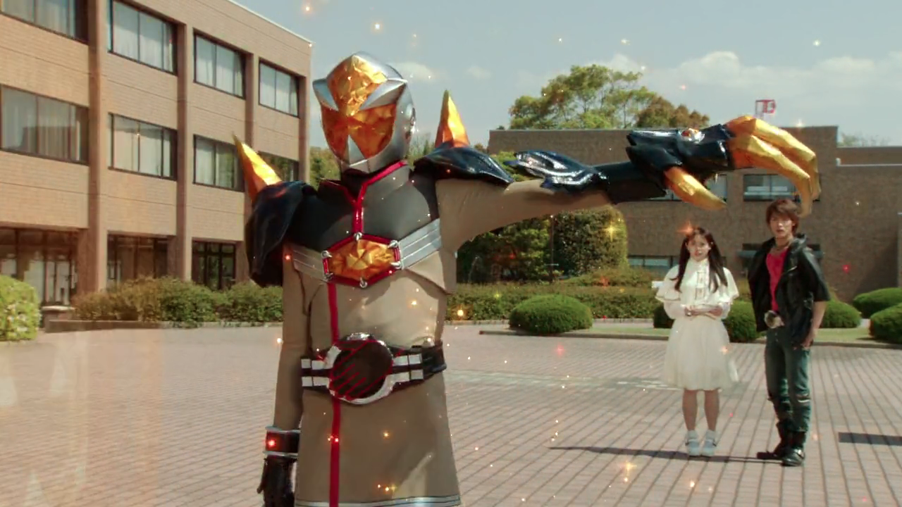 Alternate world Rinko becomes Kamen Rider Mage
