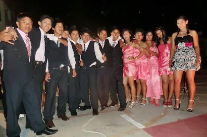 Ex alumnos promoción 2012 - IEE Francisco Irazola