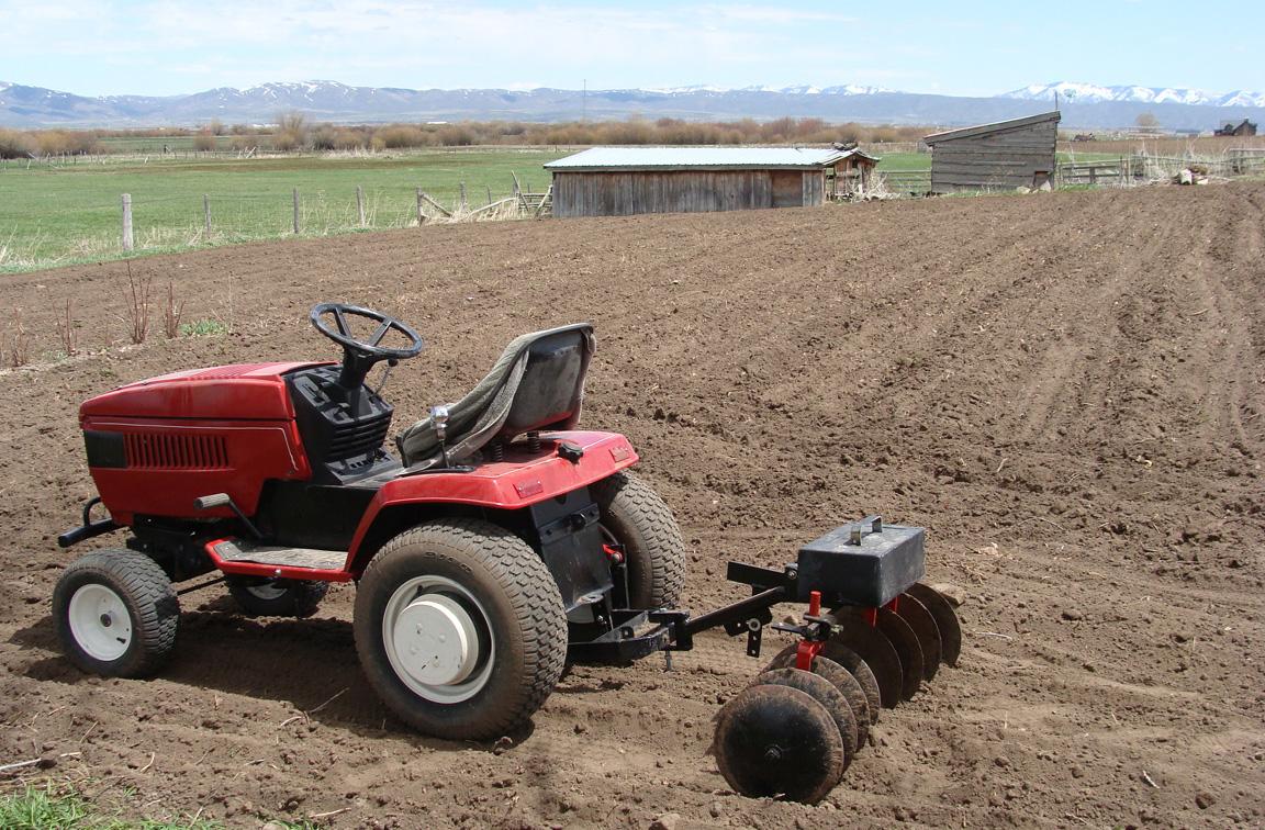 gardening garden tractor disk harrow complete