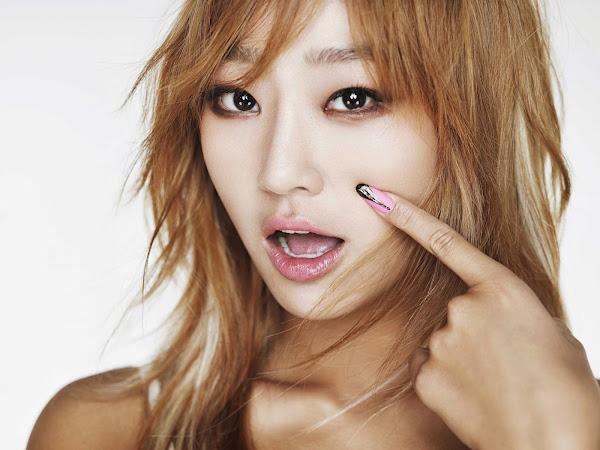 Hyorin Touch My Body Concept