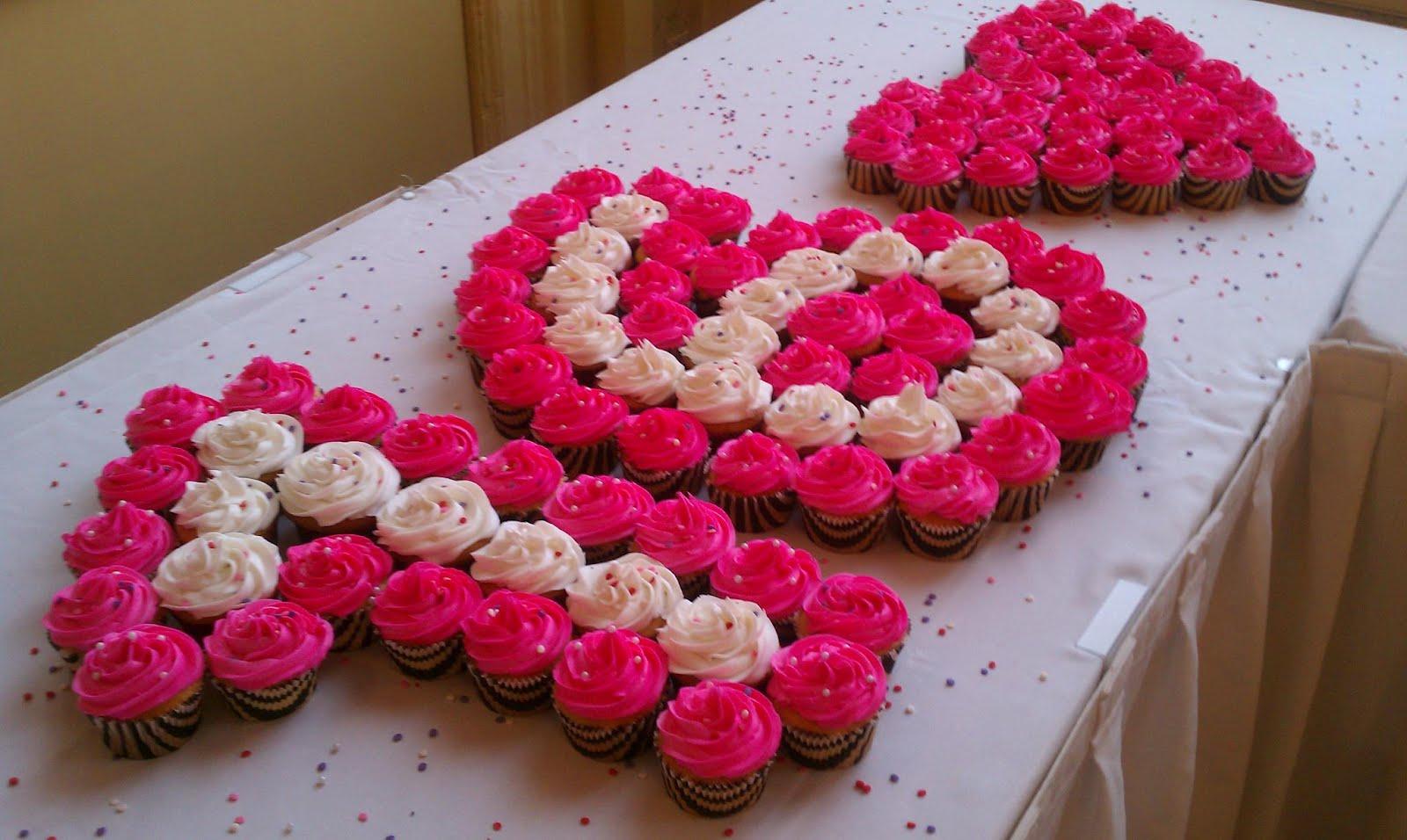 Sweet 16 Cupcake Cakes