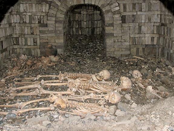 Δρόμος του Μεταξιού τάφος