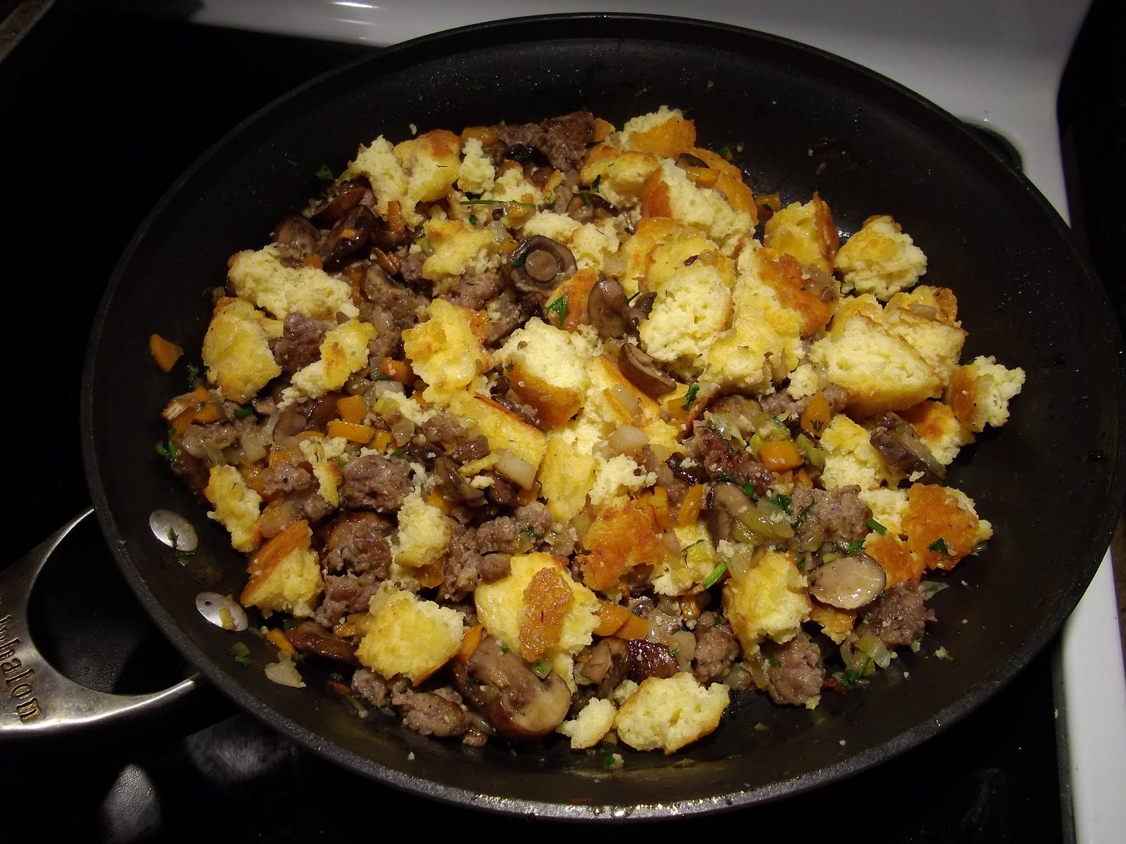 Get Fit Katie's Low Carb Blog: Recipe: LCHF Sausage and Bread Stuffing