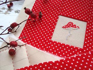 оформление миниатюрной вышивки