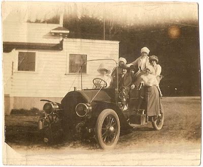 1920s automobile family photograph