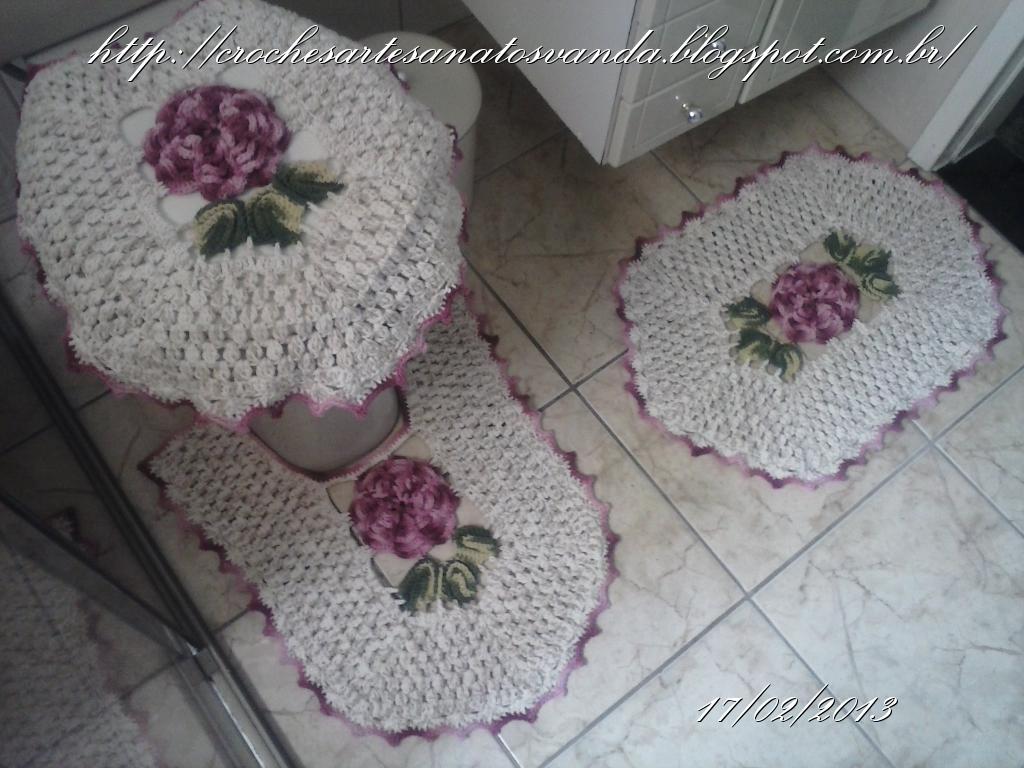 Artesanatos em Crochê Vanda JOGO DE BANHEIRO EM CROCHÊ COM FLORES -> Jogo De Banheiro Simples Croche Passo A Passo