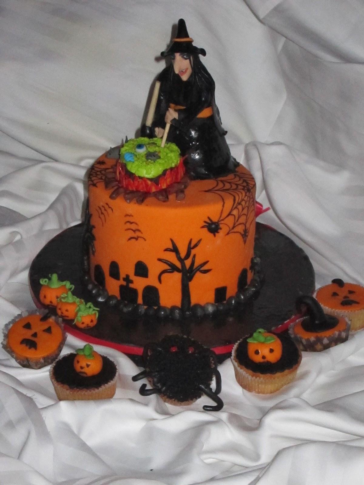 Corso Cake Design Giugliano : il paradiso delle torte: Corso cake design Bergamo 30/10/2012