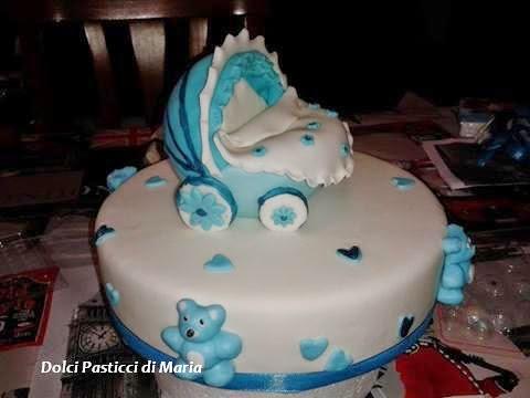 torta per il battesimo di un bambino