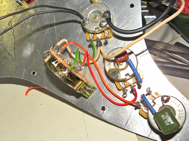 003 squier california series strat shielding job squier talk forum jimmie vaughan strat wiring diagram at bakdesigns.co