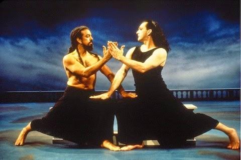 Guillermo Resto as Aeneas and Mark Morris as Dido