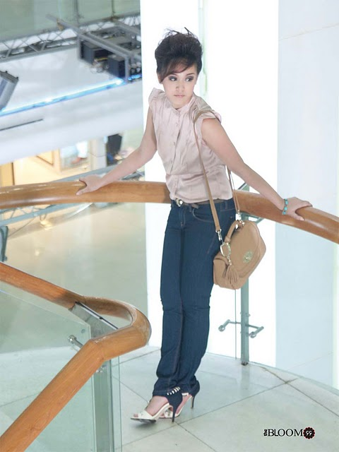 Model Nan Thu Zar in Stylish Office Dress Fashion