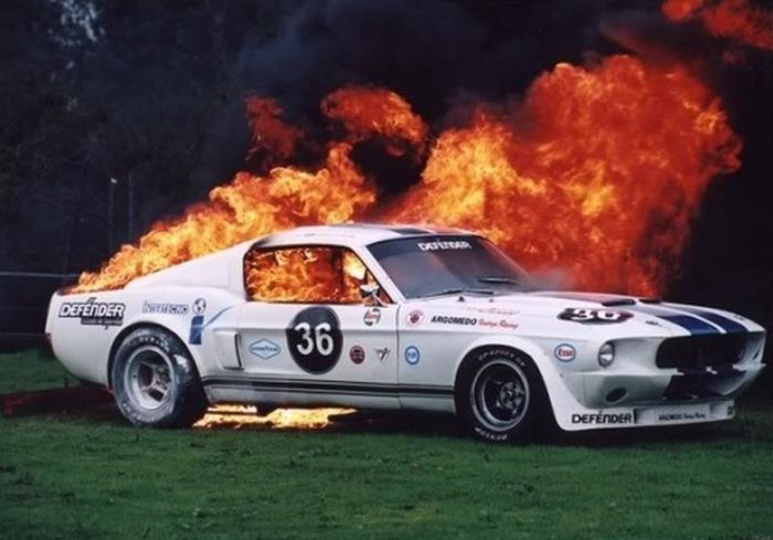 World Of Mysteries Sport Cars On Fire Pics - Cool cars on fire