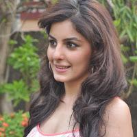 hot gorgeous sexy Isha talwar latest hot pics