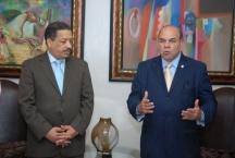 Pelegrín rechaza juicio político a Eddy Olivares y pide prevalezca conciliación