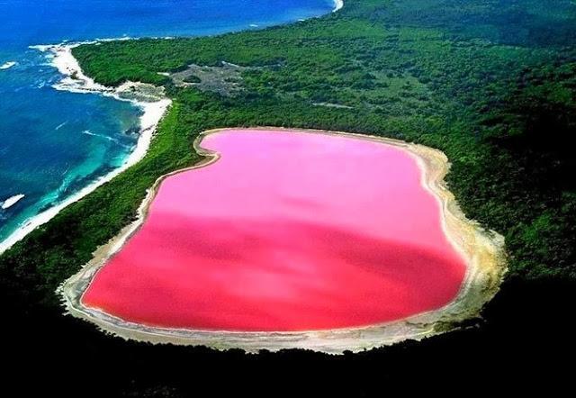 Hillier Lake of Western Australia