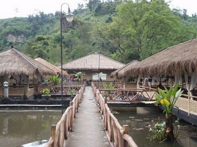 Arena Pemancingan Bonita Saung Wangi