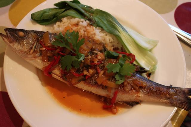 شرح طريقة عمل السمك بالفلفل اكلات رمضان ، مقادير ومكونات عمل صينية السمك بالفلفل الحار اكلات شهر رمضان طµظٹظ†%D