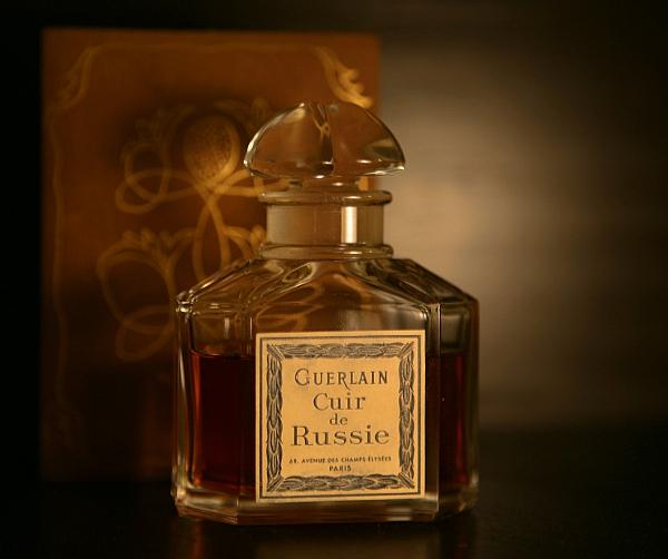 Souvent Perfume Shrine: Guerlain Cuir de Russie: fragrance review of a  YR18