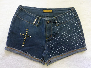 Shorts Customizados  com tachinhas