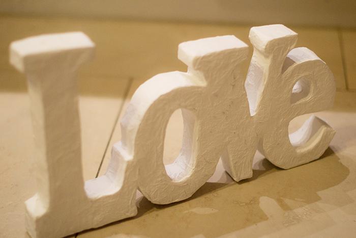 palabra-letra-papel mache-love