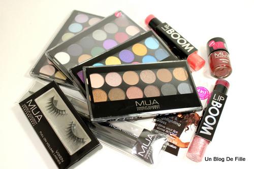 http://unblogdefille.blogspot.fr/2013/02/craquage-chez-mua-swatch-de-palettes.html