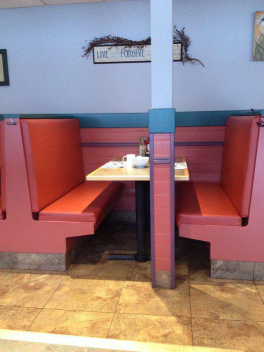 32 Design Fails That Make Little — To Zero — Sense - In case you want to eat with someone, but not really