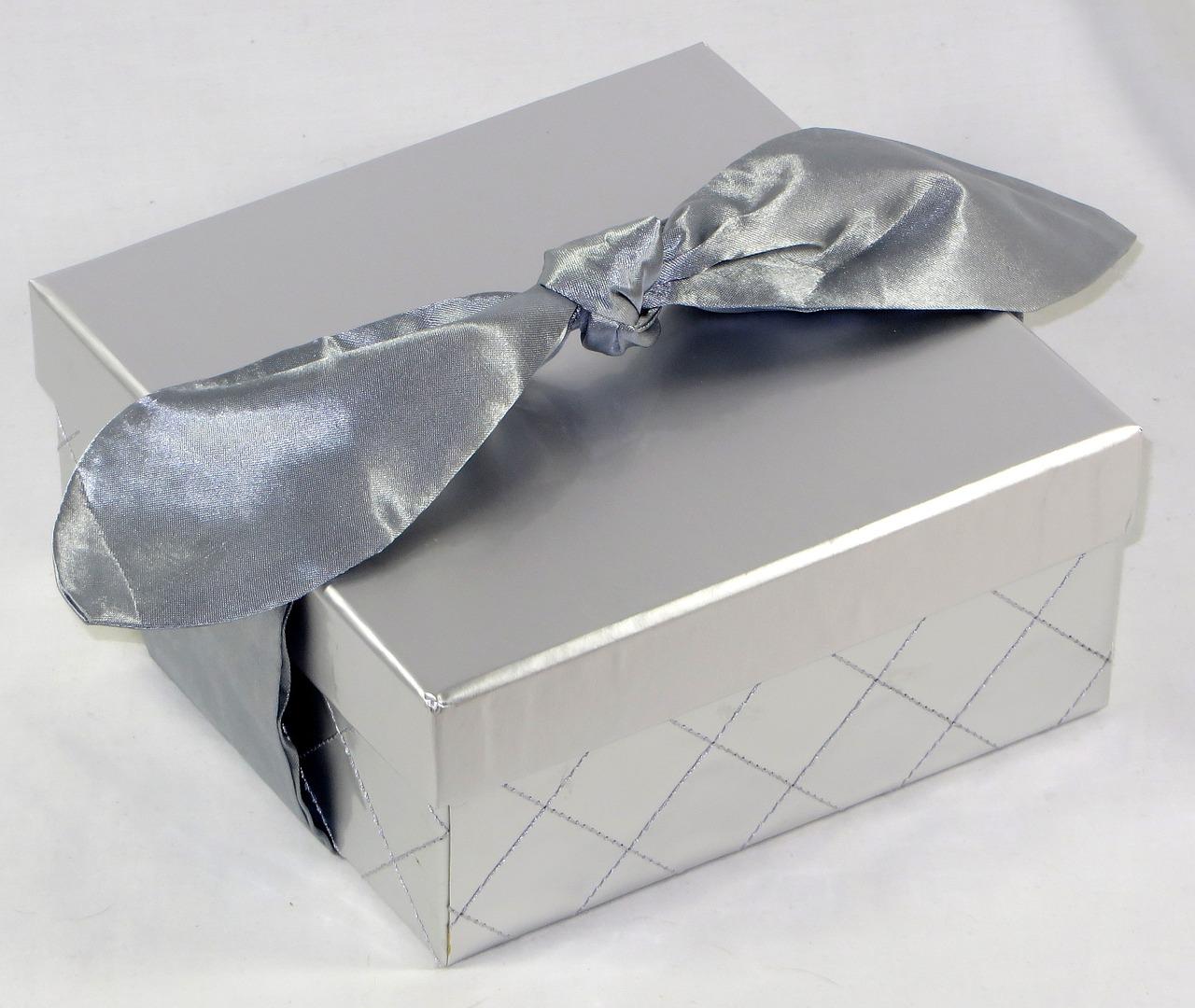 dzień chłopaka, prezenty, pomysły na prezent na dzień chłopaka, tanie prezenty, praktyczne prezenty, diy