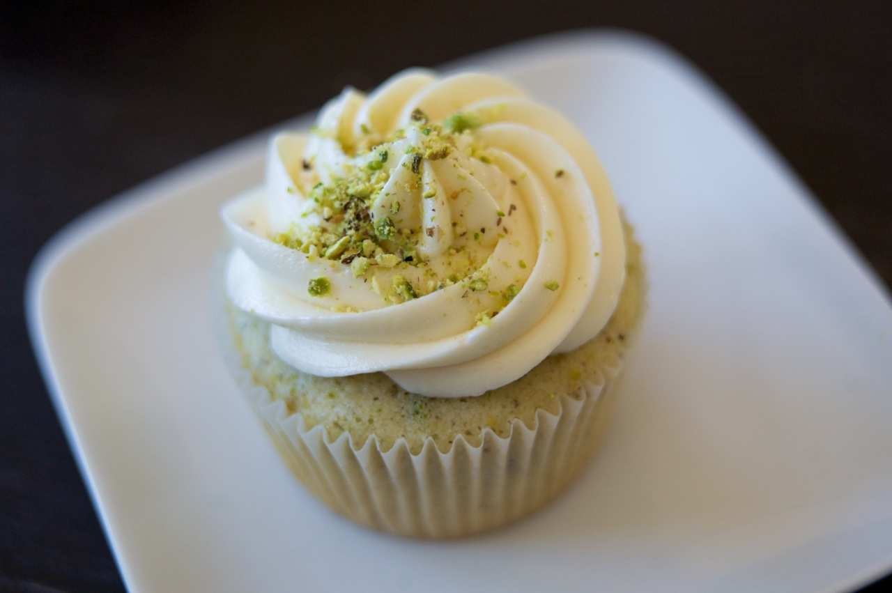 For the Love of Sucrose: Pistachio Cupcakes with Honey ...