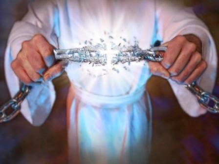 Rompiendo las cadenas de un Amarre de Amor o Brujería