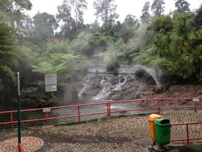 Sari Ater Hot Spring kawasan air panas di Bandung