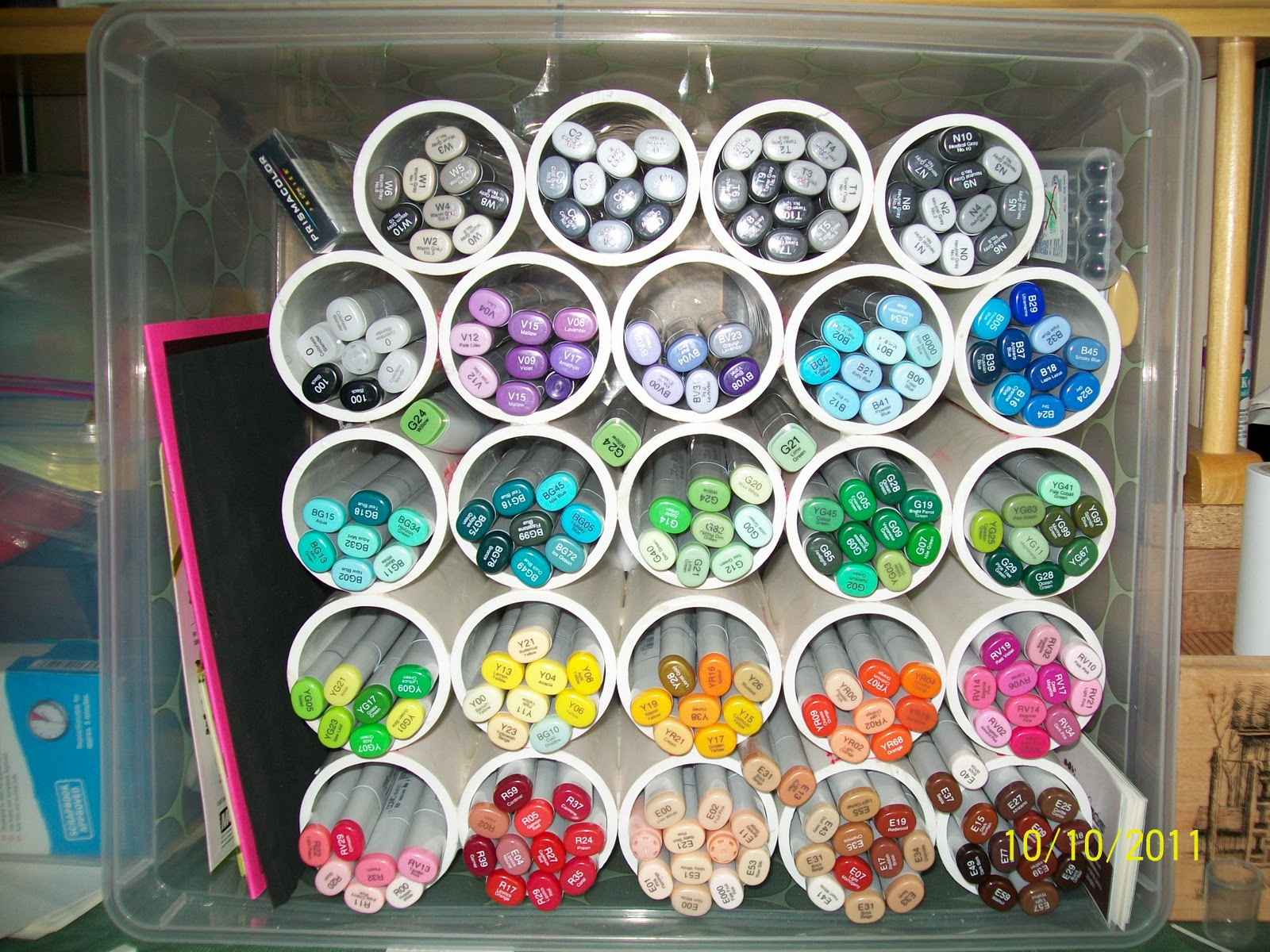 Bobbkat 39 s hobby blog copic marker storage for Craft pipes