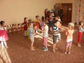 Дети любят танцевать!