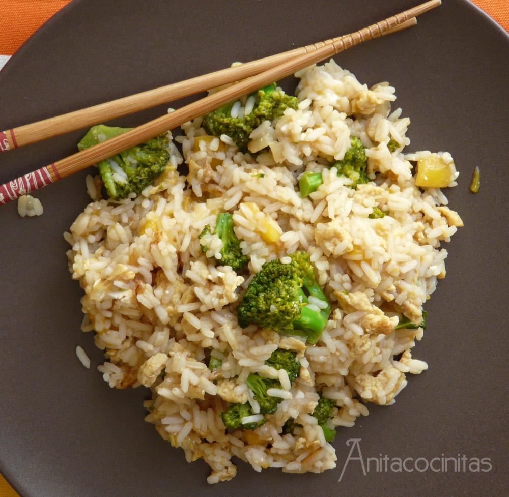 Anita cocinitas salteado de arroz oriental con br coli y - Salteado de arroz ...